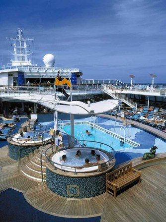 ROYAL CARIBBEAN INTERNATIONAL 1.jpg