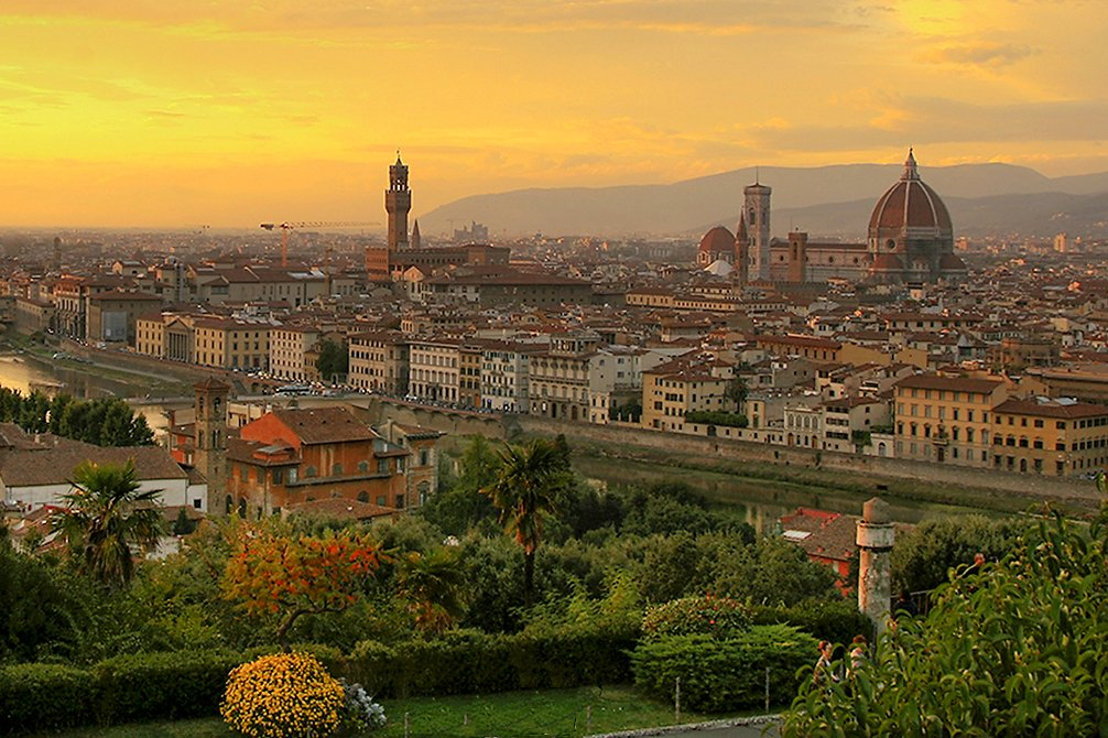 Sunset_over_florence_1.jpg