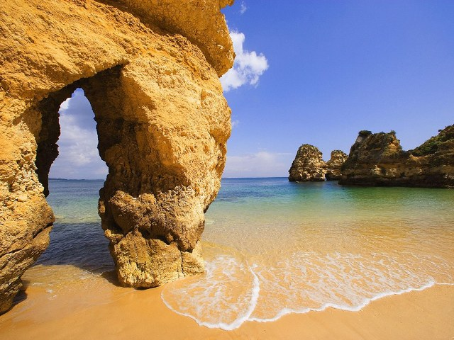 Algarve-Portugal.jpg